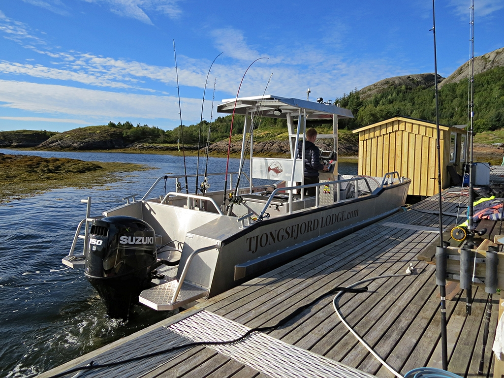 Safe boat for a private fishing activities at Tjongsfjord Lodge